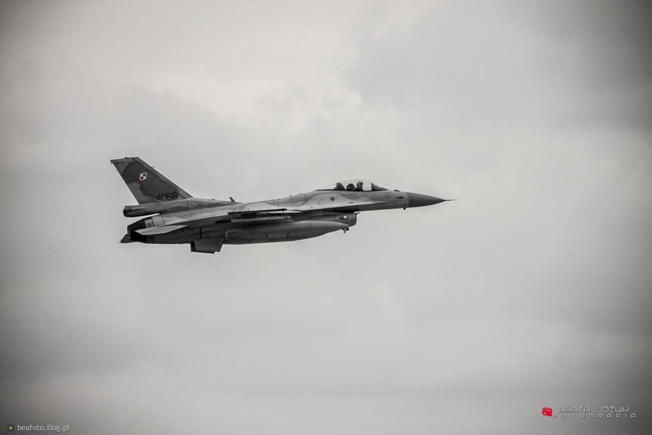 Piknik Lotniczy w Bazie Lotnictwa Taktycznego w Łasku