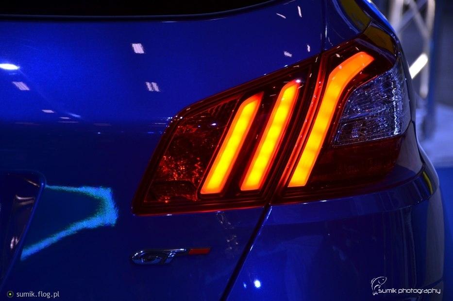red light GT