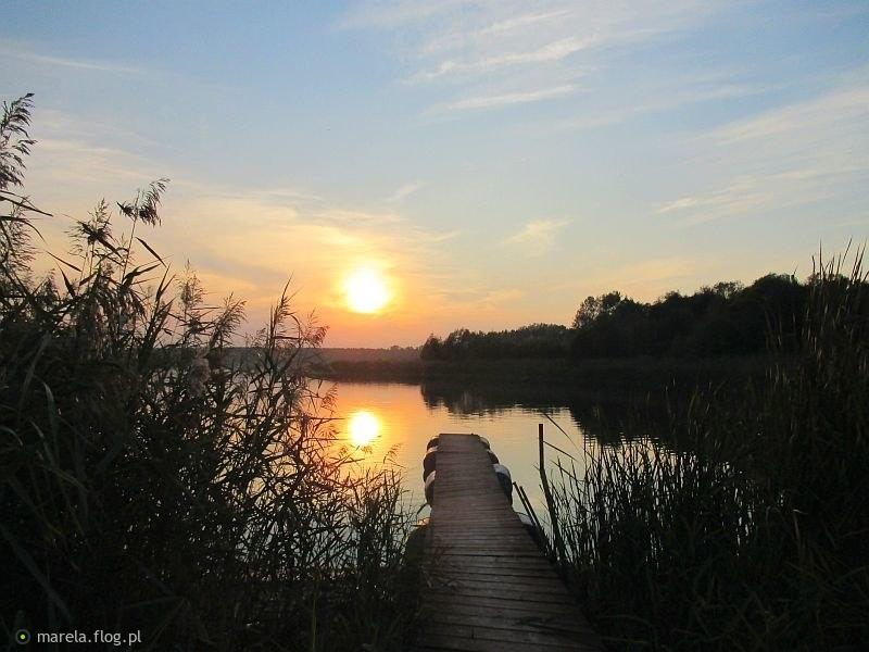 Wieczorem, nad jeziorem...